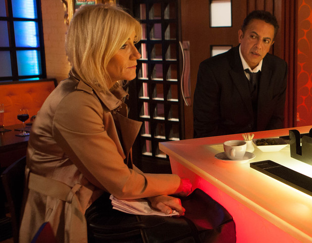 Corrie, Dev fancies Stella, Wed 29 Jan