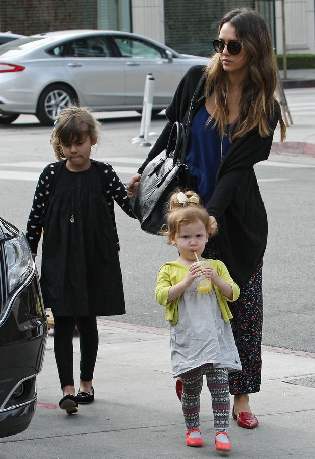 Jessica Alba with daughters Haven Warren and Honor Warren in Los Angeles, America - 26 January 2014