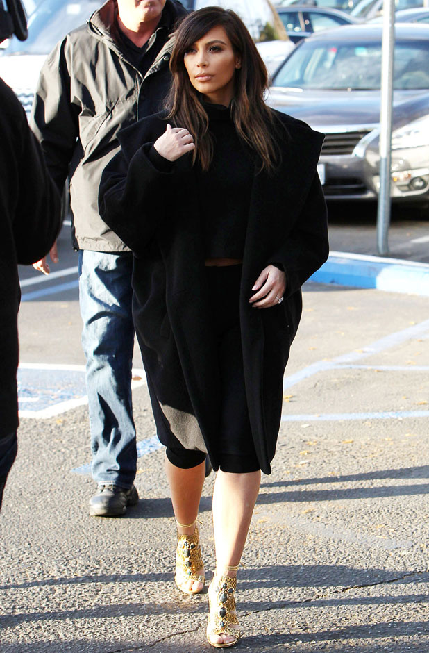 Kim Kardashian at Fins Seafood Grill in Westlake Village, Los Angeles, America - 04 Feb 2014