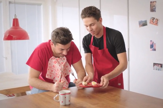 Joey Essex makes Arg heart-shaped eggs for Valentine's Day - 14 Feb 2014