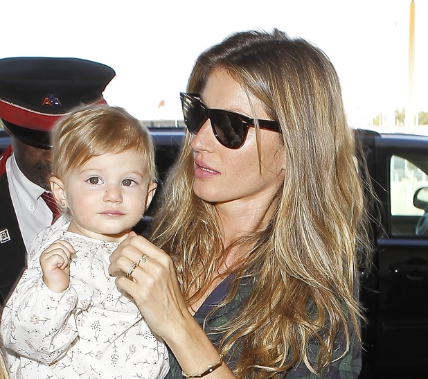 Gisele Bundchen and her baby daughter Vivian Lake Brady at Los Angeles International Airport (LAX) - 9.2.2014