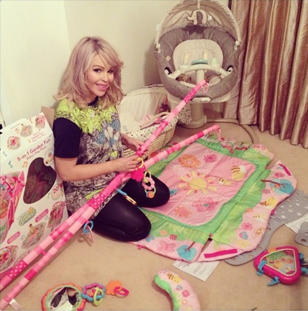 Pregnant Katie Piper gets nursery ready - 13 Feb 2014