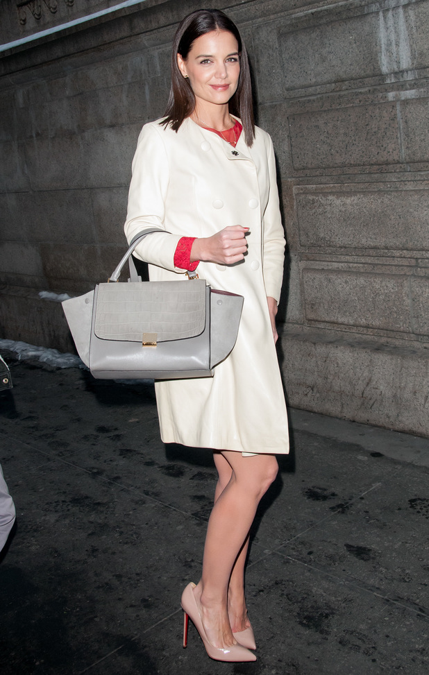 Katie Holmes arrives at the Marchesa autumn/winter 2014 show at New York Fashion Week - 12 February 2014