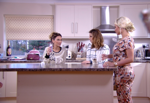 TOWIE's Sam Faiers chats to sister Billie about her liquid diet - 26 Feb 2014