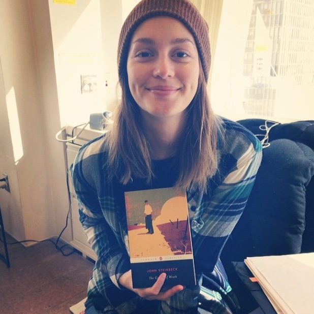 Leighton Meester poses with The Grapes Of Wrath, wears no make-up - 27.2.2014