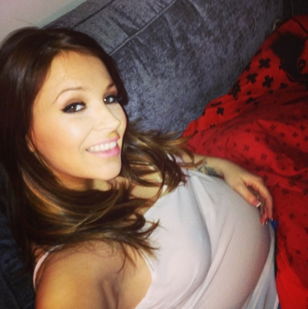 Natasha Giggs shows off her baby bump on Twitter - Feb 2014