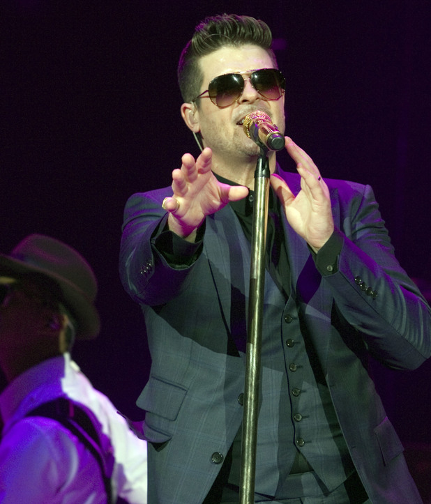 Robin Thicke performing live on stage at the Hydro in Glasgow 01/14/2014.