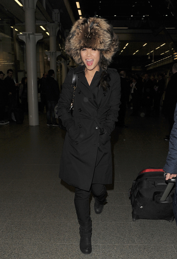 Myleene Klass arriving back in London, on a Eurostar train from Paris - 25.2.2014