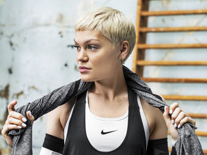 Jessie J discusses fitness routine while posing in workout gear for Nike