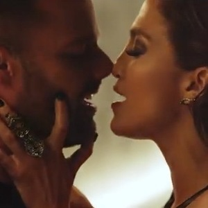 Jennifer Lopez and Ricky Martin get steamy in the 'Adrenalina' music video by Puerto Rican rapper Wisin. (3 march 2014).
