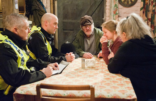 Emmerdale, Belle talks to the police, Thu 6 Mar