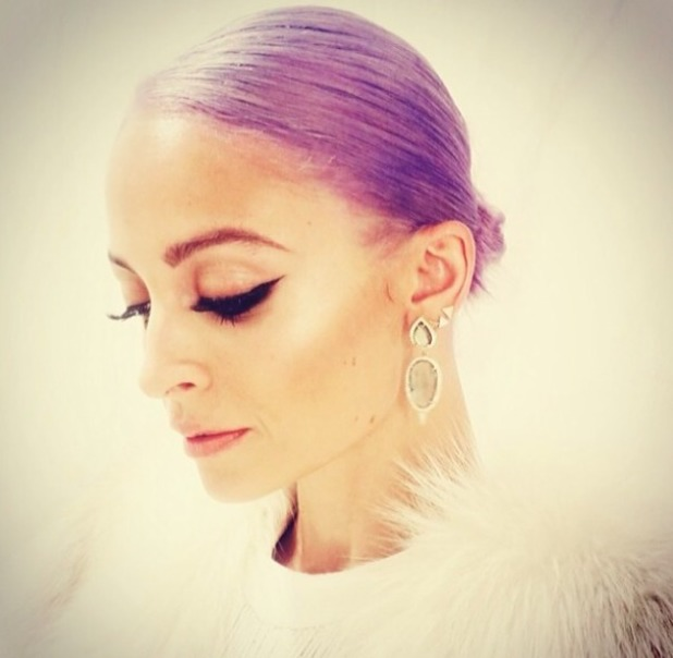 Nicole Richie with lavender hair at Oscars after party, 2 March 2014