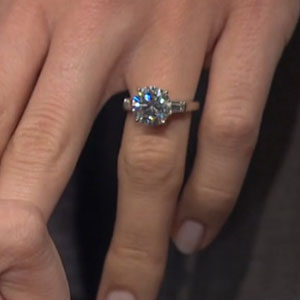 Allison Williams shows engagement ring on Late Night with Seth Meyers, 4 March 2014
