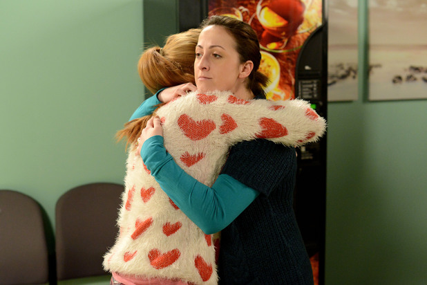 EastEnders, Sonia and Bianca pull together, Thu 13 Mar
