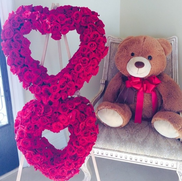 Nicki Minaj given teddy bear by boyfriend Safaree for anniversary - March 2014