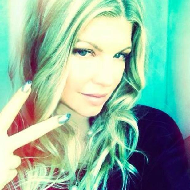 Fergie shares selfie