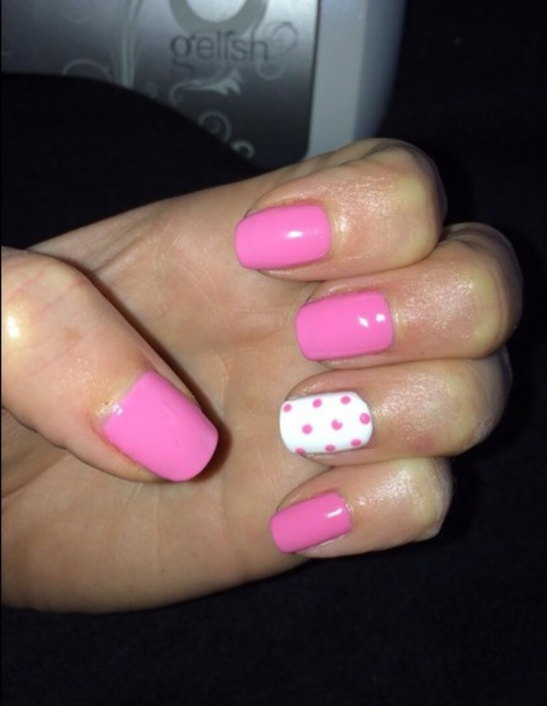 Frankie Essex shows off her pink and white polka dot manicure on Twitter - 7 March 2014