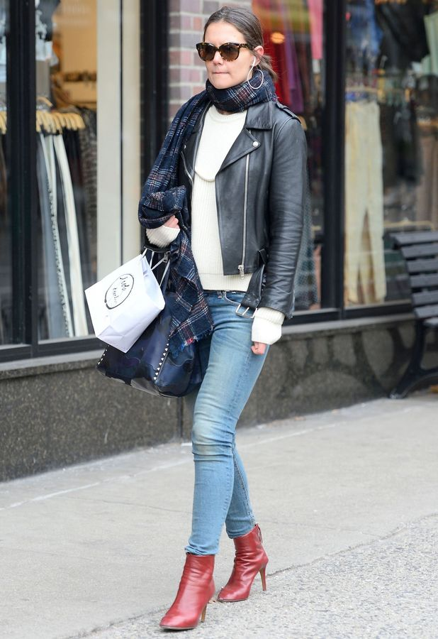 Katie Holmes out in New York, America - 7 March 2014