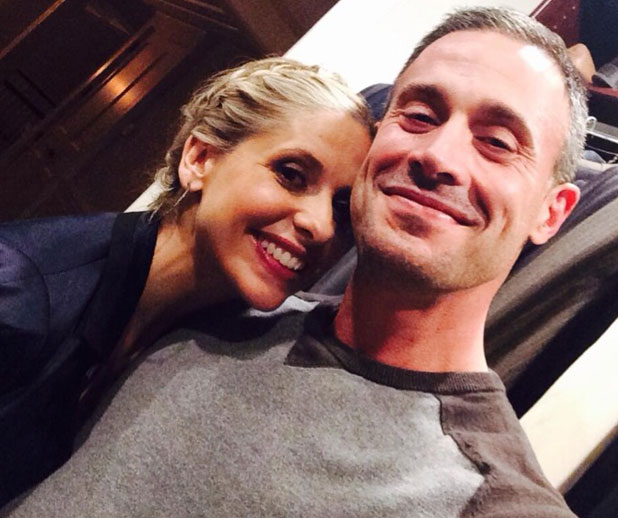 Sarah Michelle Gellar and Freddie Prinze Jr pose for a selfie to celebrate her 200,000 Twitter followers, 13 March 2014