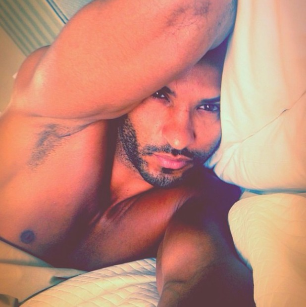 Ricky Whittle posts photo from his bed 22/11/13