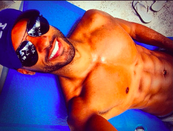 Ricky Whittle showing off his body on Instagram 13/01/14