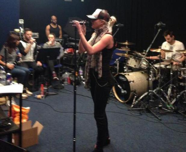 Sarah Harding rehearses ahead of her first solo gig - 26 March 2014