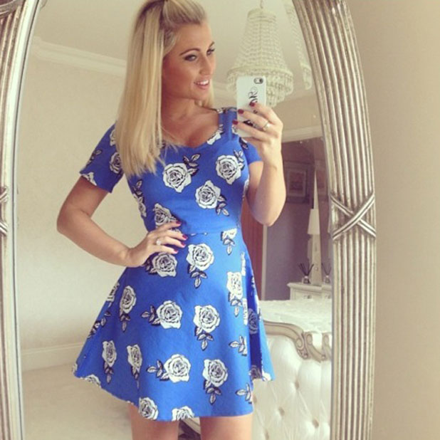 Billie Faiers hides baby bump in a cute rose print dress form Minnies Boutique, 26 March 2014
