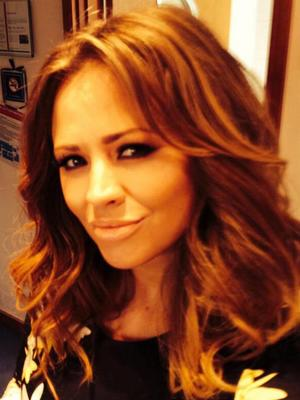Pregnant Kimberley Walsh shares a selfie of her baby bump ahead of Loose Women appearance - 3 April 2014