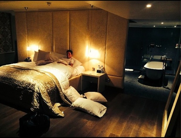 PIc of Joey in his sick bed posted by Sam Faiers 1/4/14