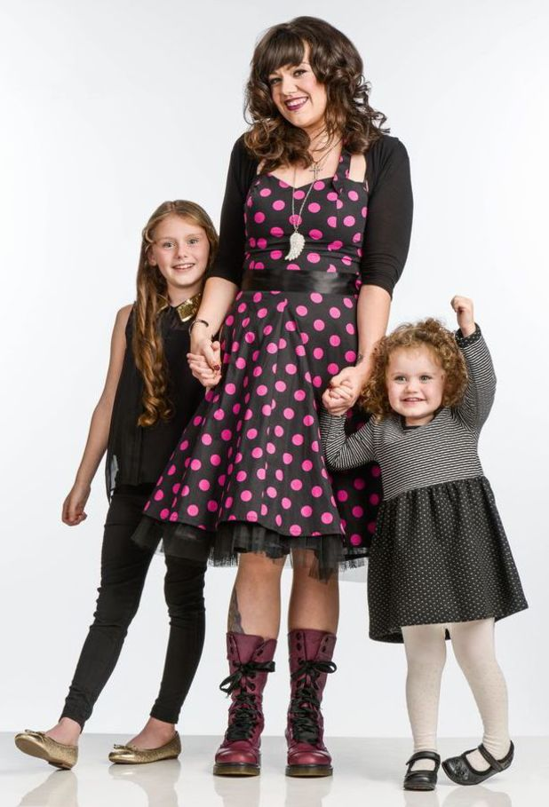 Stephanie Travers yummy mummy lost 7st with daughters Leah and Tilly