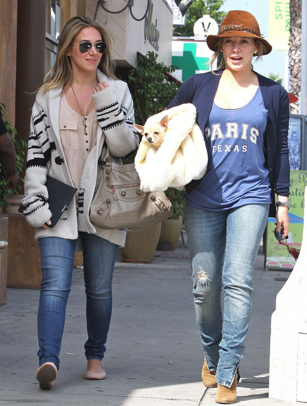 Pregnant Hilary Duff is seen with her sister Haylie Duff after having a birthday lunch at Vivian's Cafe Los Angeles,California - 28.09.11