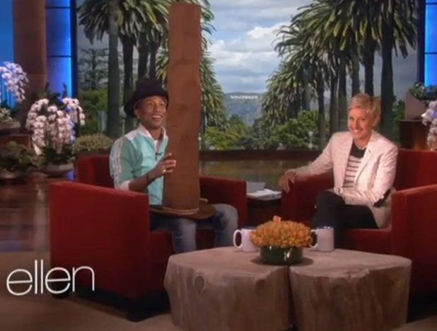 Pharrell Williams gifted with enormous hat by Ellen DeGeneres, 10 April 2014