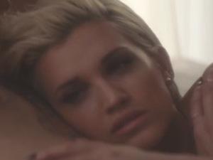 Ashley Roberts premieres 'Clockwork'' music video (15 April).