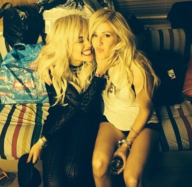Rita Ora poses with Ellie Goulding backstage at the Coachella music festival (15 April).
