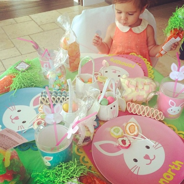 Kourtney Kardashain posts pictures from her family Easter, 17 April 2014