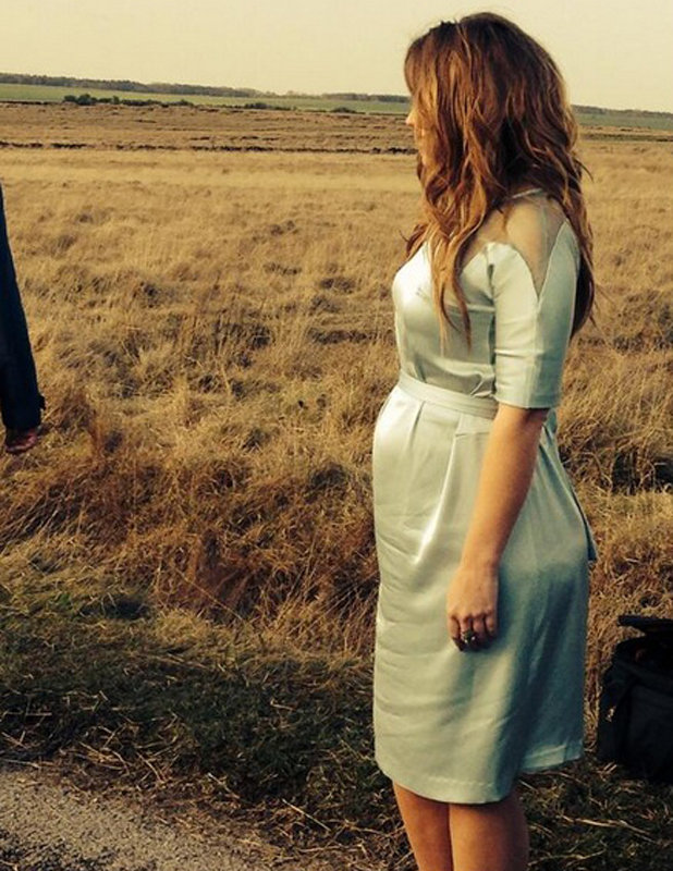 Kimberley Walsh shows off baby bump on set of The Road music video, 16 April 2014