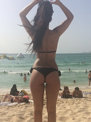 TOWIE's Jasmin Walia poses in her bikini while on holiday in Dubai - 21 April 2014