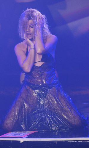 Lily Allen performs Drunk In Love at London's G-A-Y, 26 April 2014