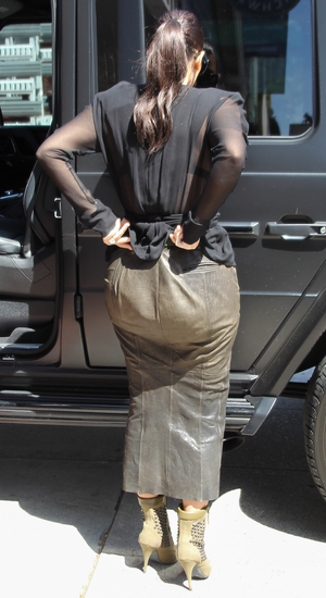 Kim Kardashian visits a bikini store in Studio City to film her reality show, LA - 23 April 2014