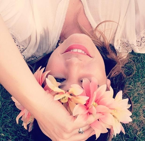 Kelly Brook goes to Coachella Week 2, flowers in the her hair, 20 April 2014