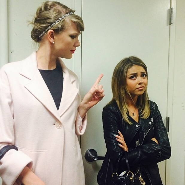 Taylor Swift and Sarah Hyland play around for Instagram picture, 23 April 2014
