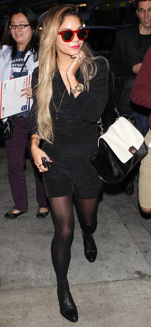 Vanessa Hudgens arrives at Los Angeles International Airport in America - 25 April 2014
