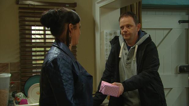 Emmerdale, Dan gives Kerry a present, Fri 2 May
