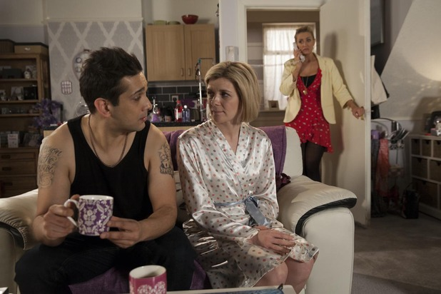 Corrie, the morning after for Kal and Leanne, Fri 2 May