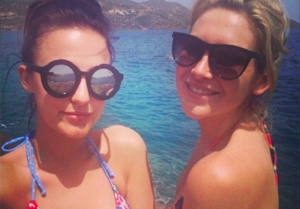 Lucy Watson and Stephanie Pratt share holiday snap from Crete, 4 May 2014