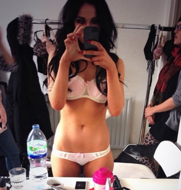 Vicky Pattison flaunts her newly-slim body in underwear - 1 May 2014