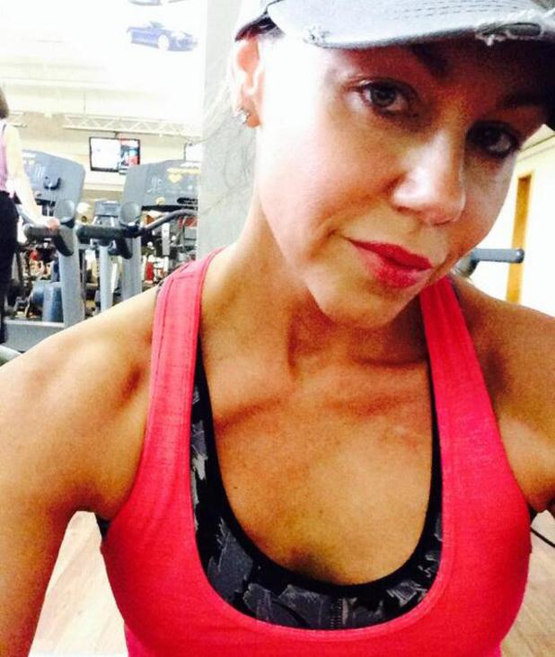 Michelle Heaton shares a gym selfie - 1 May 2014