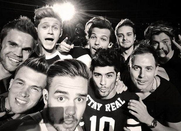One Direction take a selfie during concert in Santiago, Chile on Where We Are World Tour, 30 April 2014