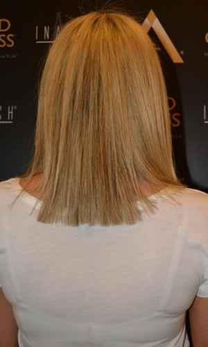 Nicola McLean gets a new shoulder-length bob haircut at Inanch London hair salon - May 2014