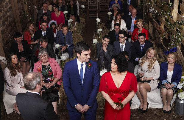 Emmerdale, Moira and Cain's wedding, Thu 15 May
